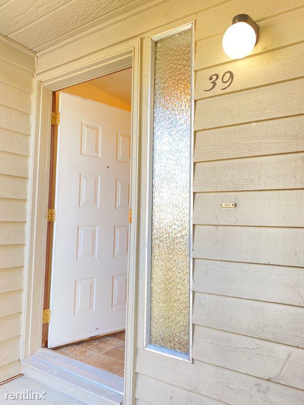 2629 Lincoln Way D39, Lynnwood, WA - $1,450 USD/ month