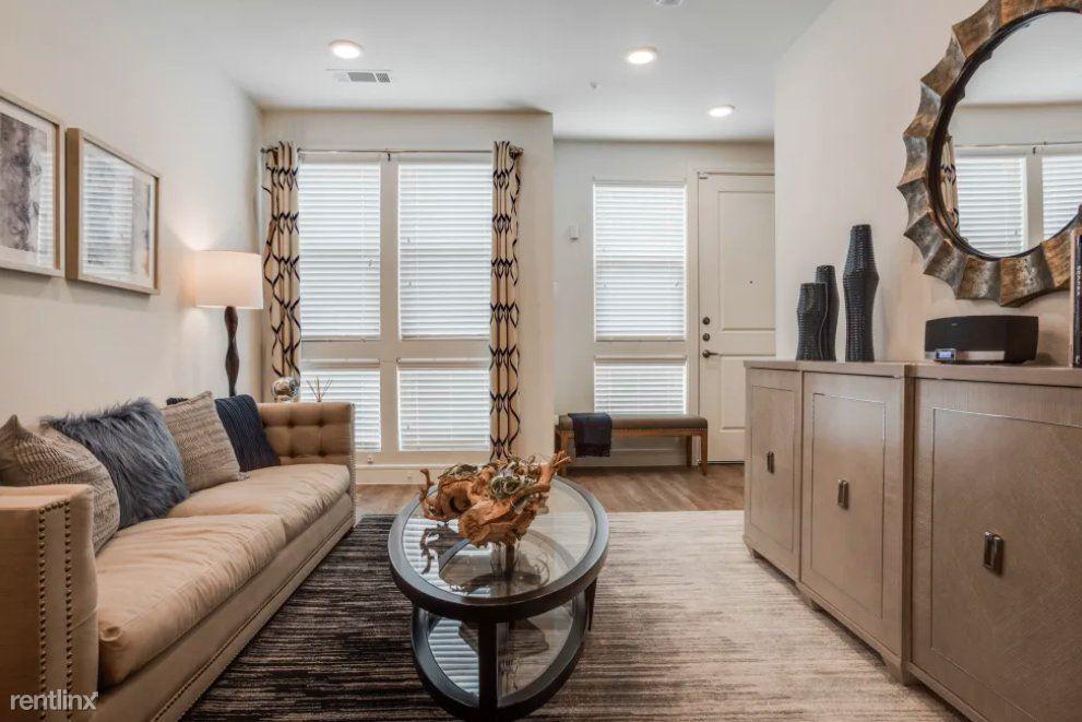6015 Milton St # T21261, Dallas, TX - $2,560 USD/ month