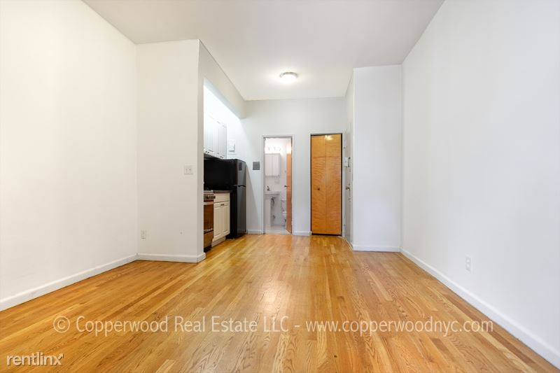 415 East 87th Street 5D, Upper East Side Manhattan, NY - $1,719 USD/ month