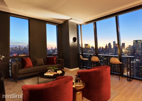 626 1st Ave, New York, NY - $7,667 USD/ month