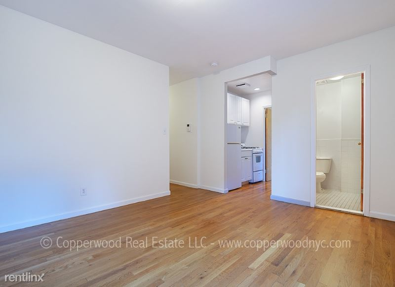 402 East 78th Street 28, Upper East Side Uptown Manhattan, NY - $1,829 USD/ month