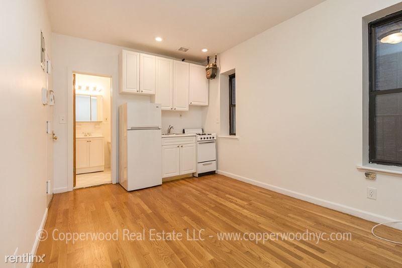 444 East 81st Street 14, Upper East Side Manhattan, NY - $1,737 USD/ month