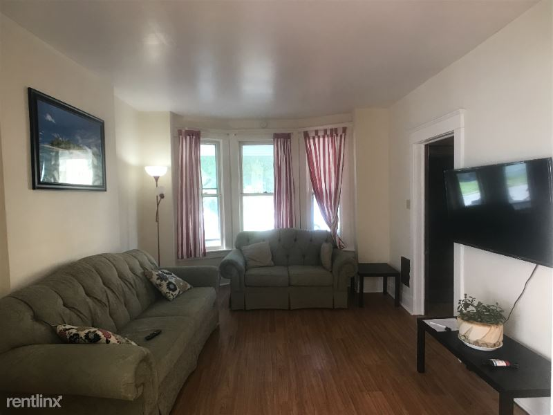 2302 12th St Unit 1, Troy, NY - $1,485 USD/ month