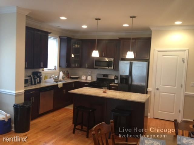 N Southport Ave, Chicago, IL - $5,200 USD/ month