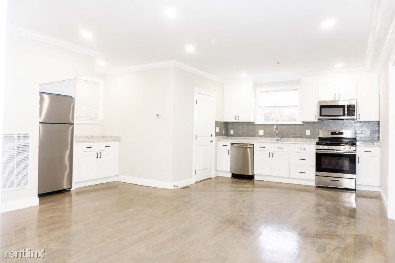 33 Merriam St 001, Somerville, MA - $33,950 USD/ month