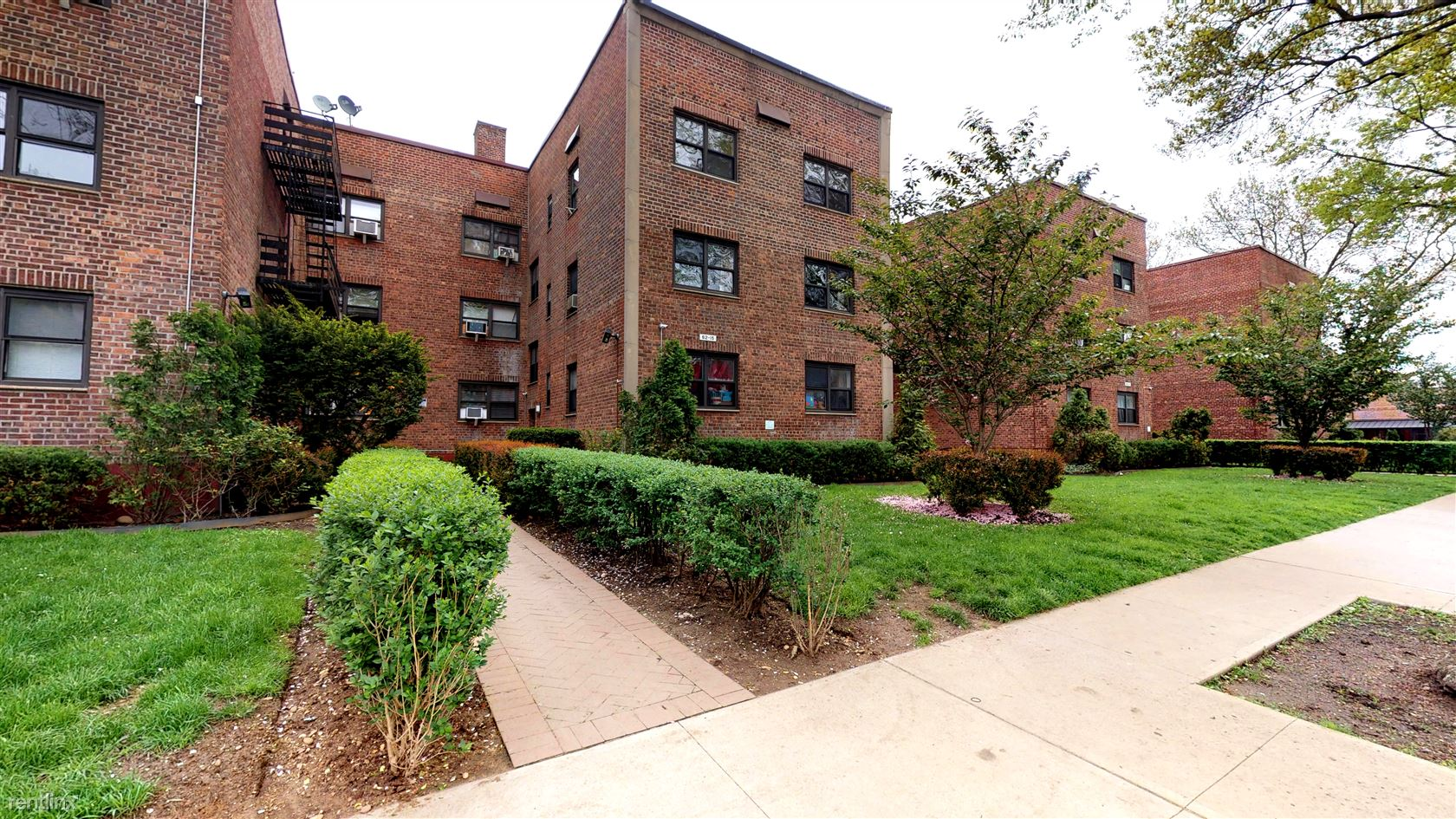 6225 Woodhaven Blvd, Rego Park, NY - $1,825 USD/ month
