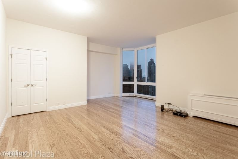 211 E 65th St, New York, NY - $4,195 USD/ month