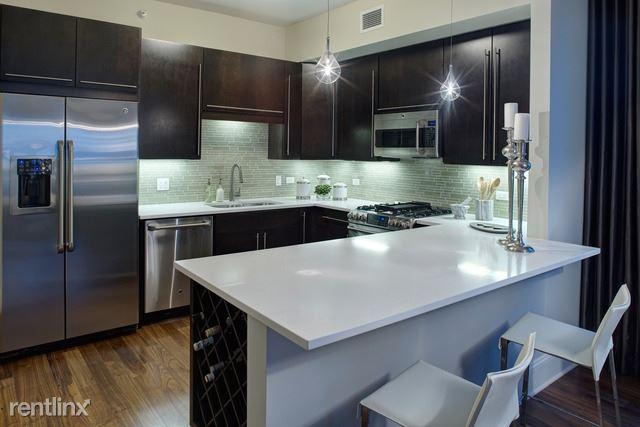 71 W Hubbard St 4708, Chicago, IL - $6,424 USD/ month