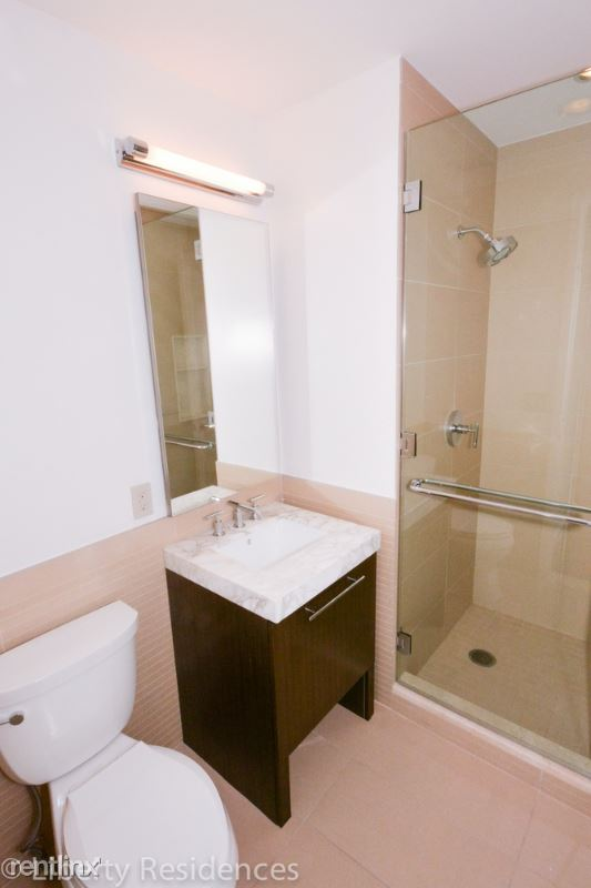 200 North End Avenue #25B, manhattan, NY - $10,960 USD/ month
