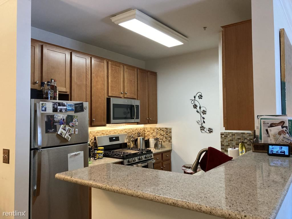 4852 Eisenhower Ave Unit 336, Alexandria, VA - $1,850 USD/ month