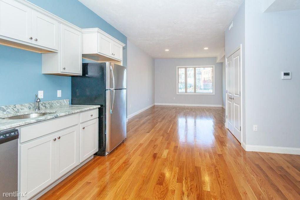 8 Banton St, Boston, MA - $1,200 USD/ month