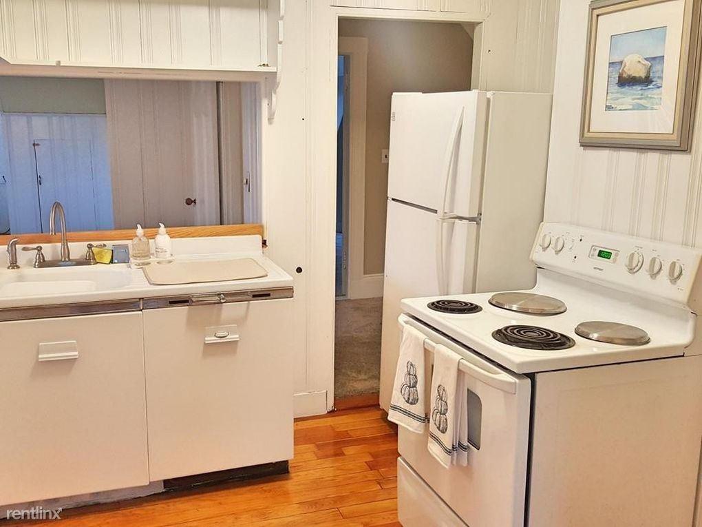 37 Stratford St, Boston, MA - $1,600 USD/ month
