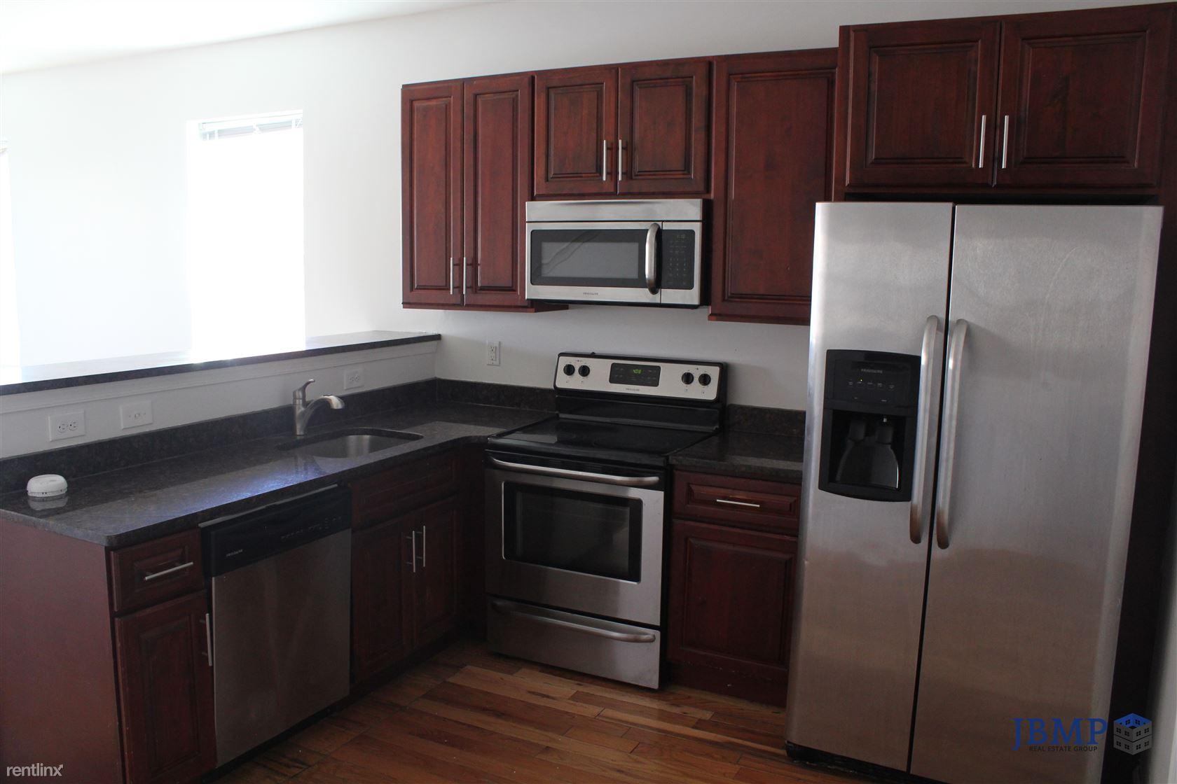2106 N 17TH ST Unit 2, Philadelphia, PA - $2,820 USD/ month
