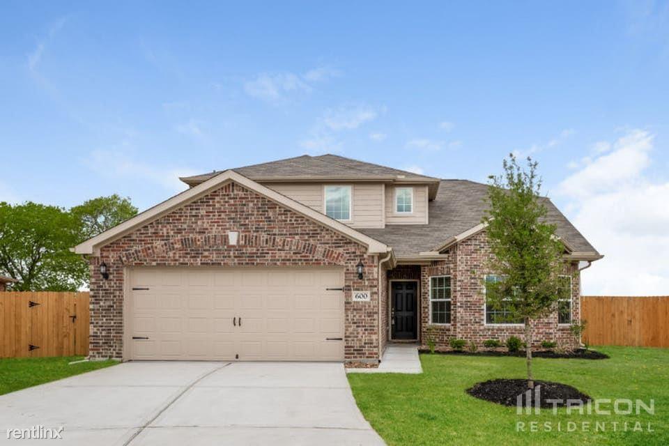 320 Summer Horse Drive, La Marque, TX - $1,899 USD/ month