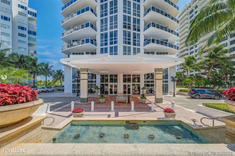 10225 Collins Ave - 11500USD / month