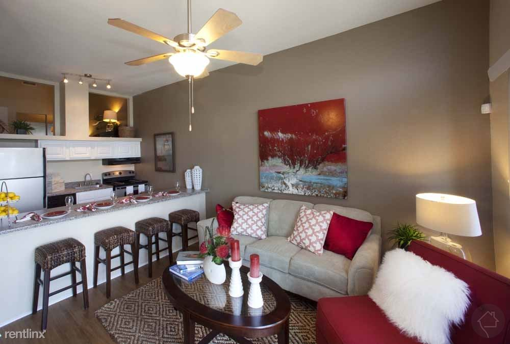 7820 Seawall Blvd, Galveston, TX - 1,535 USD/ month