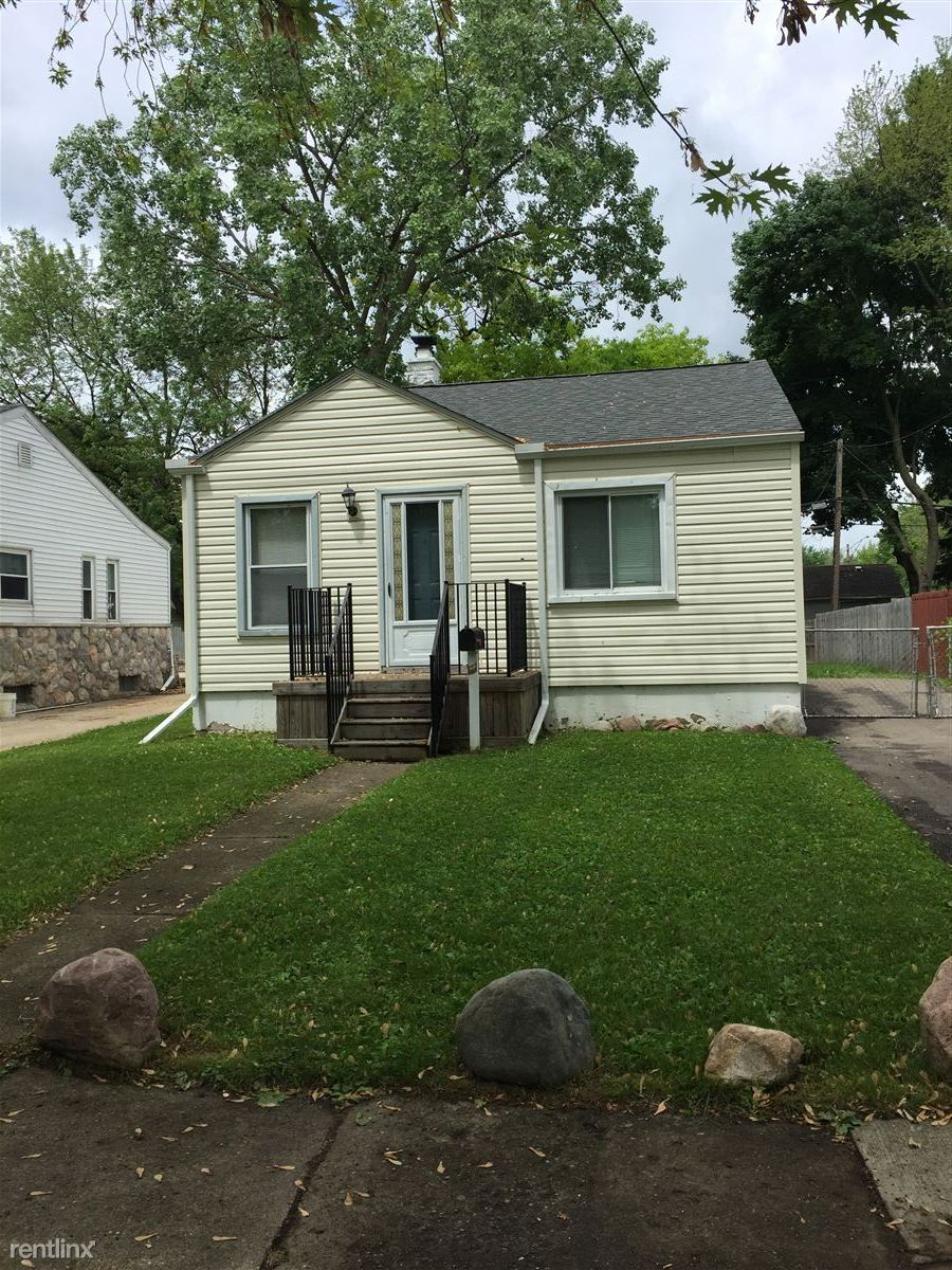 248 W Longfellow Ave, Pontiac, MI - $900