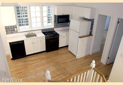 317 E 82nd St, New York, NY - $7,983 USD/ month