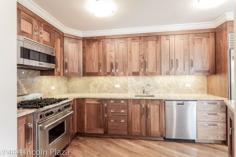 31 W 63rd St, New York, NY - $6,025 USD/ month