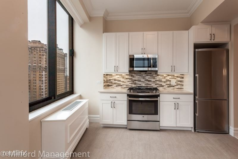 98 Battery Pl, New York, NY - $8,857 USD/ month