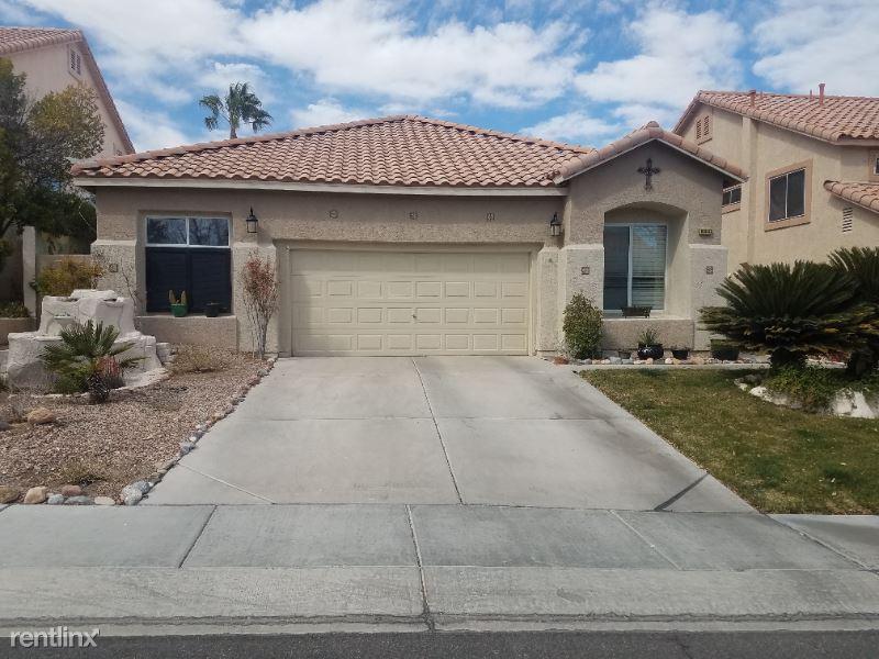 Huxley Cross Ln, Las Vegas, NV - $2,100 USD/ month