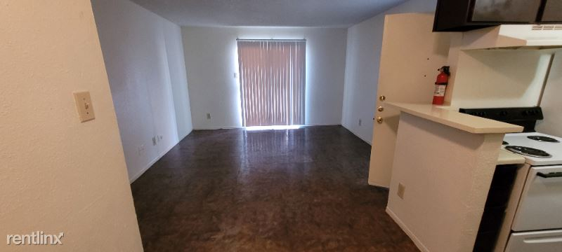 201 Plaza Verde Dr Office, Houston, TX - $595 USD/ month