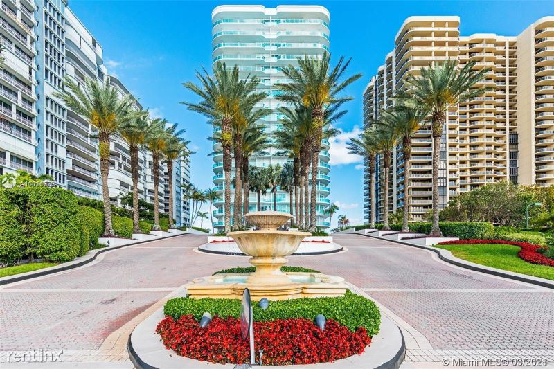 10101 Collins Ave - 6700USD / month
