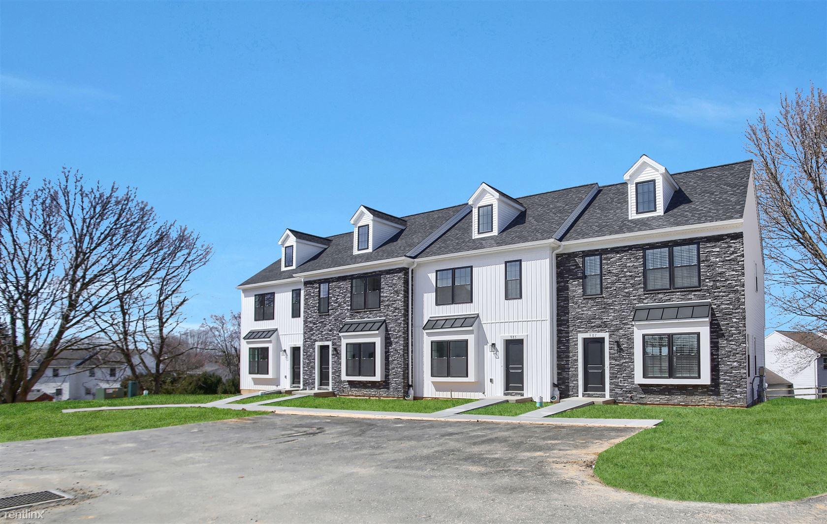 987 Old Elizabethtown Rd, Elizabethtown, PA - $1,695 USD/ month