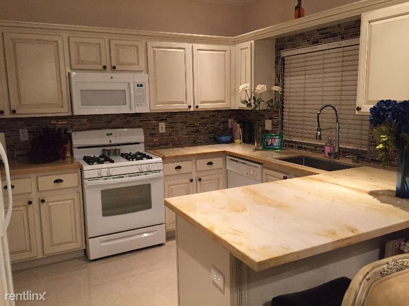 3840 Juno Beach 102, Las Vegas, NV - $1,675 USD/ month