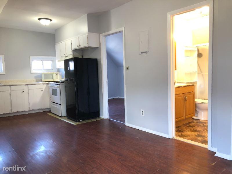 65 W 24th St 3, Bayonne, NJ - $1,499 USD/ month