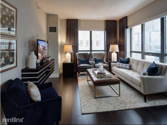 73 w  Hubbard Street 4110, Chicago, IL - $5,500 USD/ month