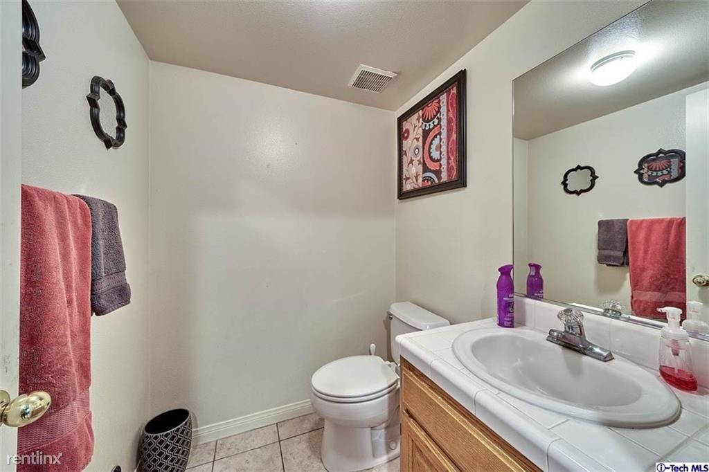 2629 Altura Ave, La Crescenta, CA - $4,000 USD/ month