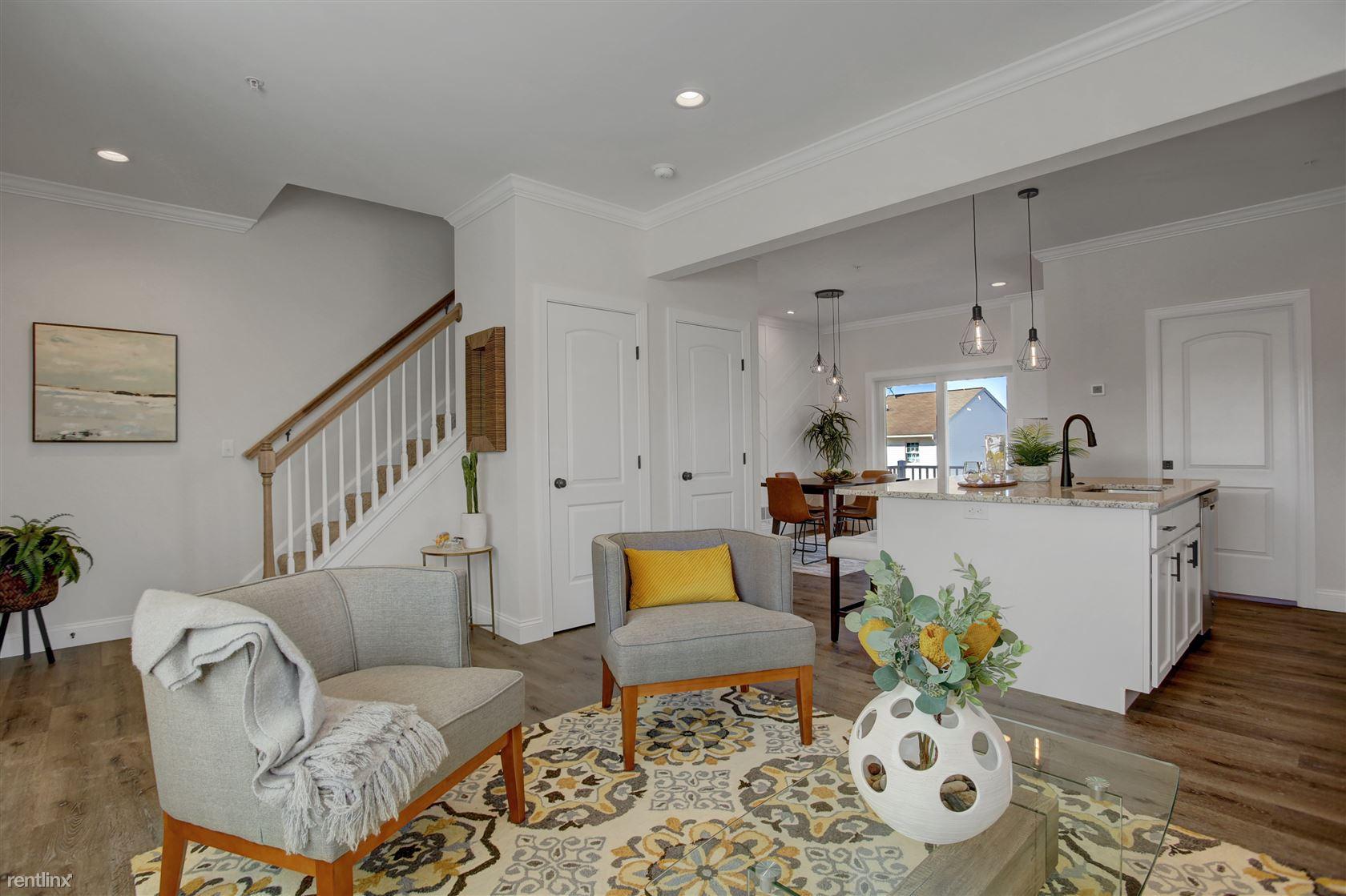 983 Old Elizabethtown Rd, Elizabethtown, PA - $1,695 USD/ month