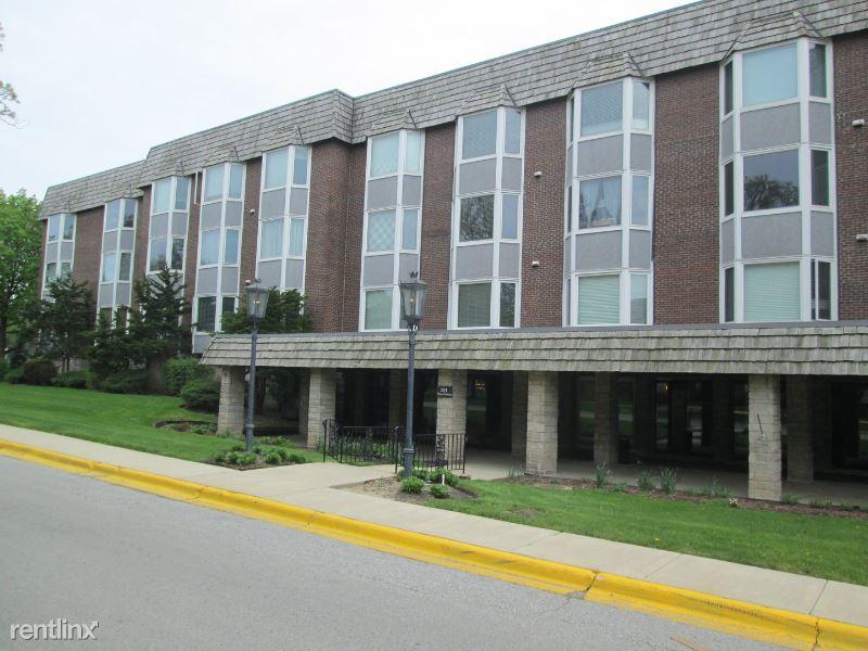 2500 Windsor Mall 2L, Park Ridge, IL - $1,350 USD/ month