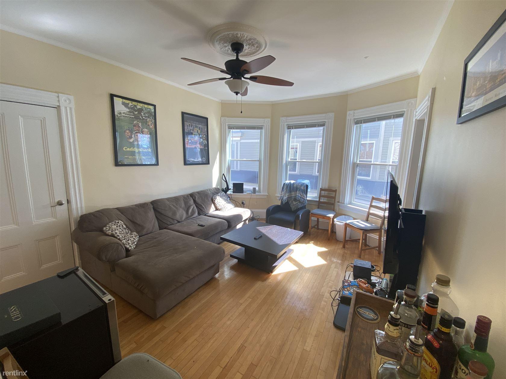 176 Elm St # 2, North Cambridge, MA - $5,000 USD/ month