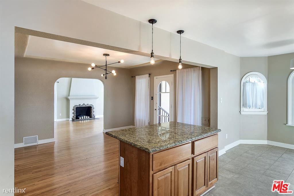 352 N Kings Rd, Los Angeles, CA - $5,950 USD/ month