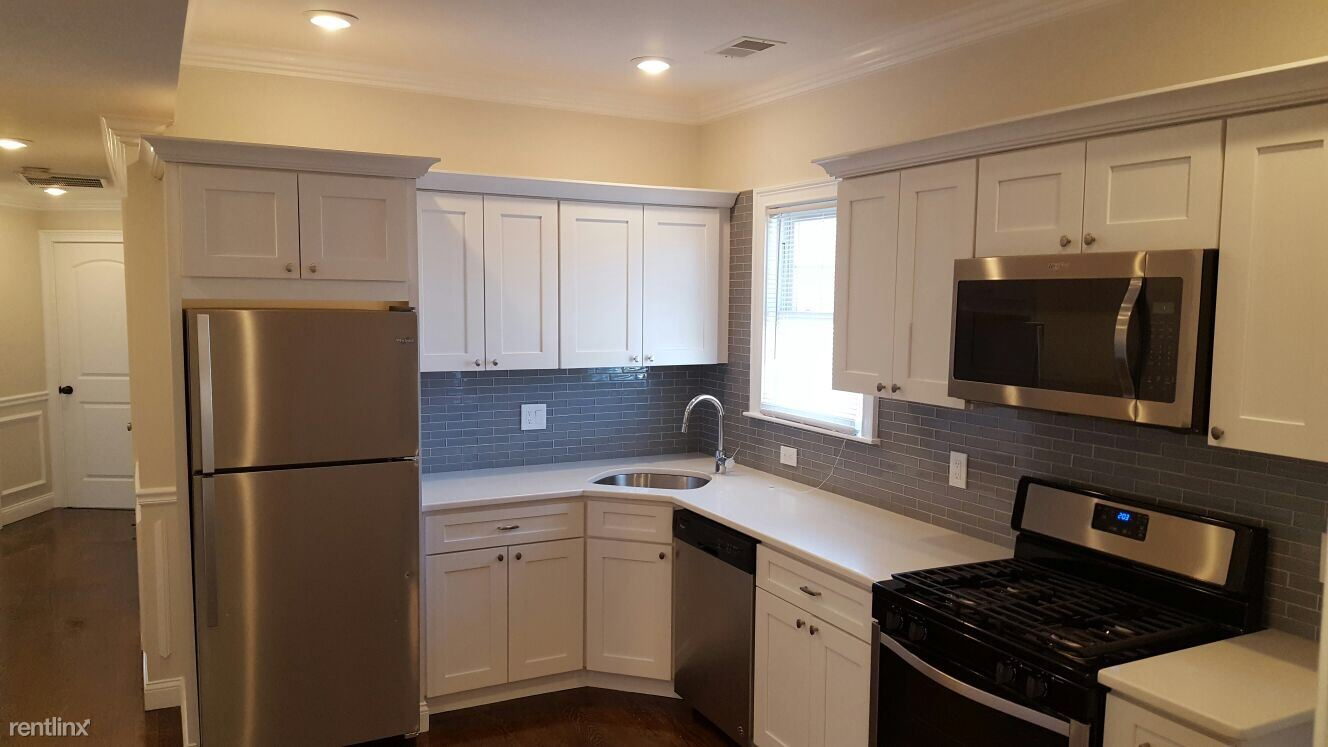 9 Cornwall St - 2495USD / month