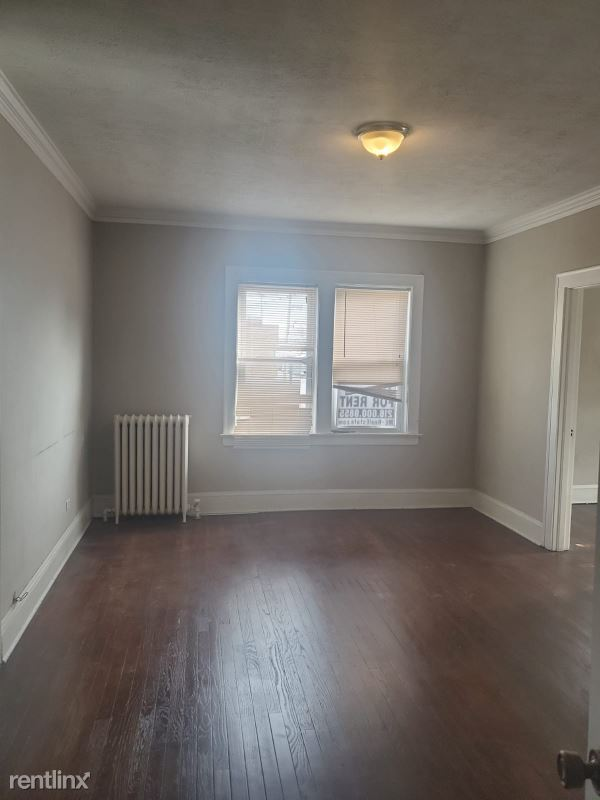 13346 Madison Avenue 2, Lakewood, OH - $925 USD/ month