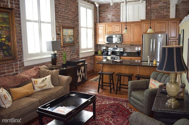 4 Beaufain St 202, Charleston, SC - $2,550 USD/ month