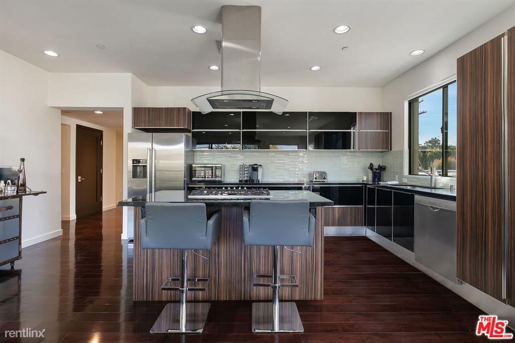 812 N Croft Ave Apt 201, Los Angeles, CA - $8,500 USD/ month