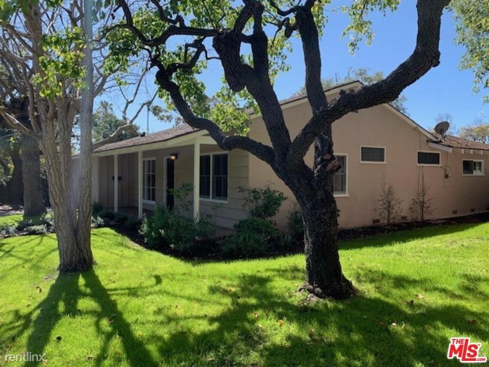 13326 W Sunset Blvd, Los Angeles, CA - $6,750 USD/ month