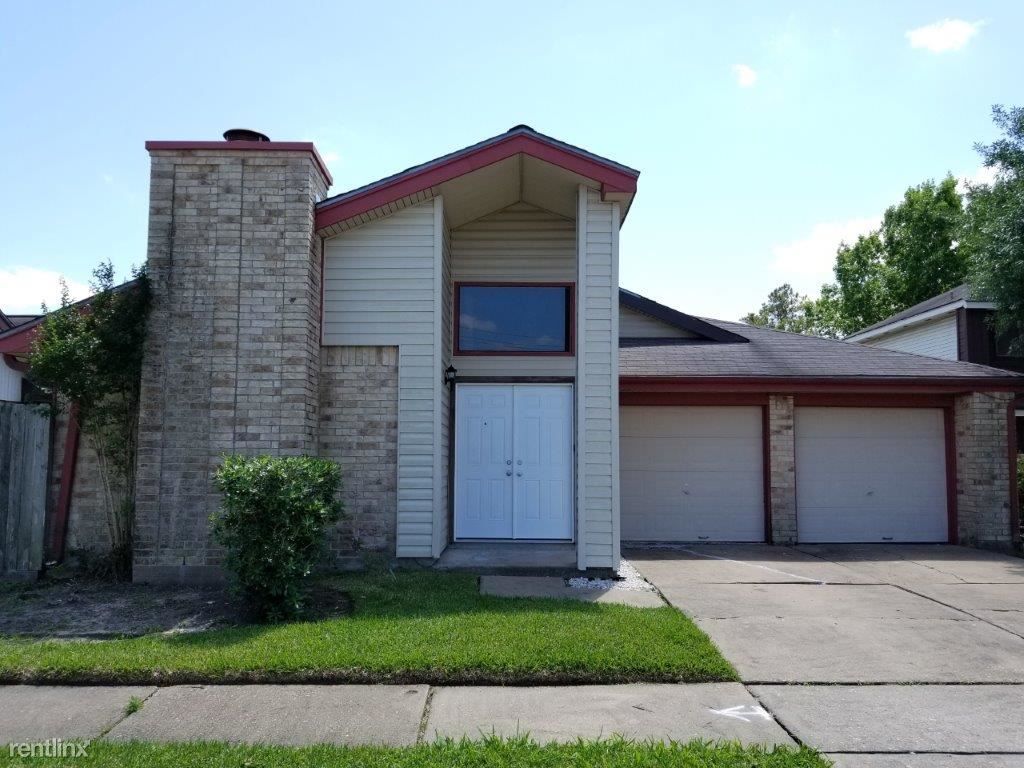 7831 Poitiers Dr - 1599USD / month