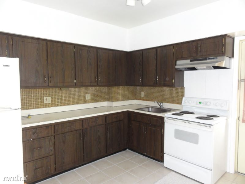 5870 Darlington Rd, Pittsburgh, PA - $1,950 USD/ month