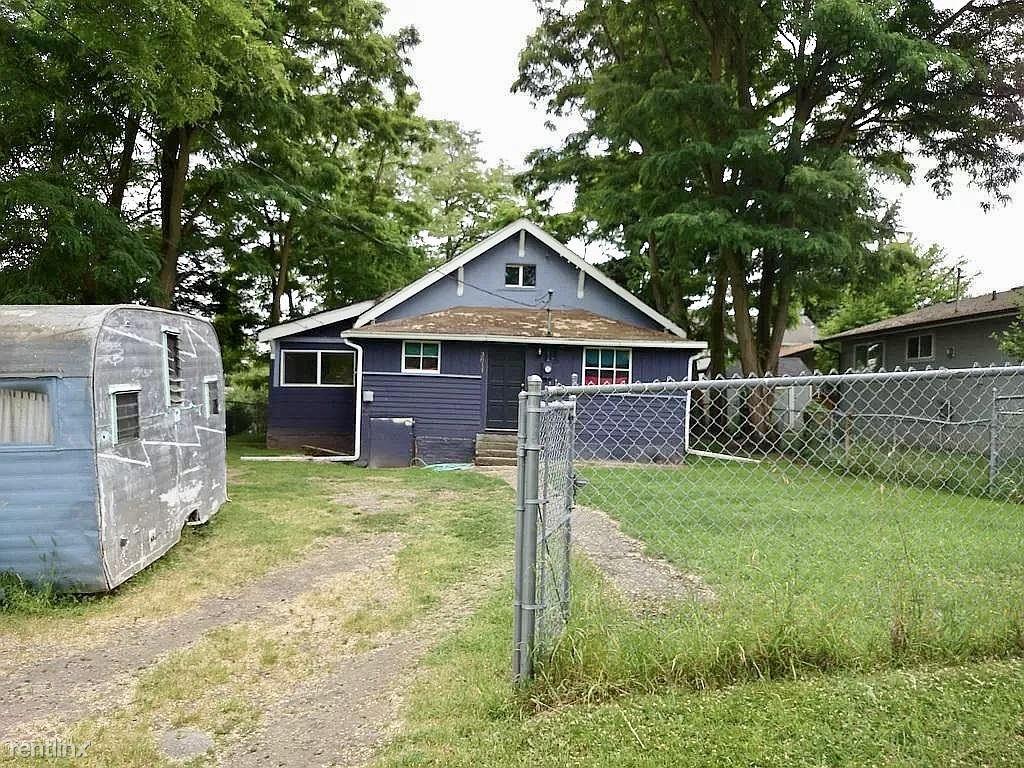3811 S Rose St, Seattle, WA - $3,000 USD/ month