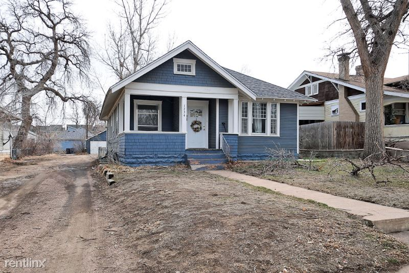 1734 7th Ave, Greeley, CO - $2,400 USD/ month