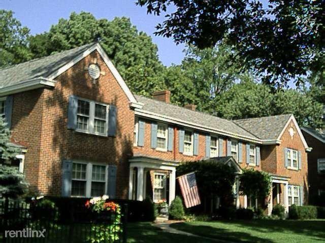 3867 Beech Street, Cincinnati, OH - $1,695 USD/ month