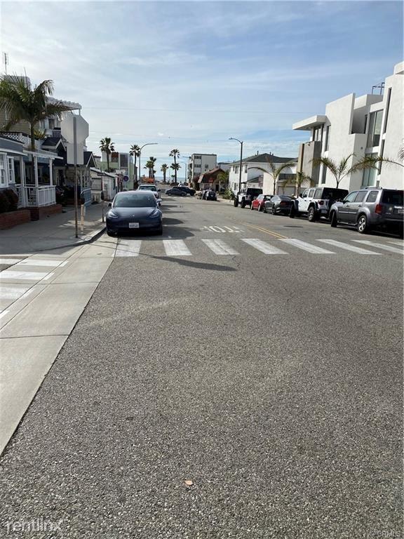 155 Manhattan Ave, Hermosa Beach, CA - $3,000 USD/ month