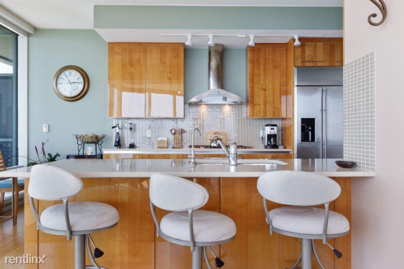 340 E Randolph St, Chicago, IL - $11,000 USD/ month
