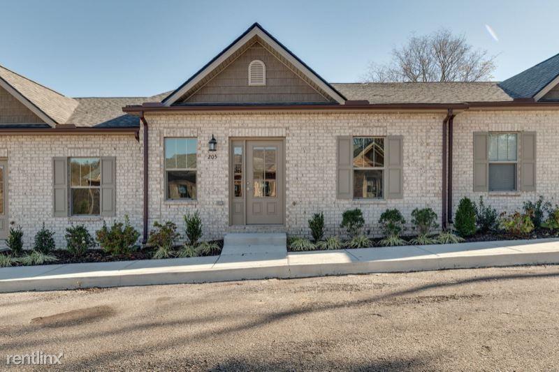 403 Buchanan Ct, Columbia, TN - $1,500 USD/ month