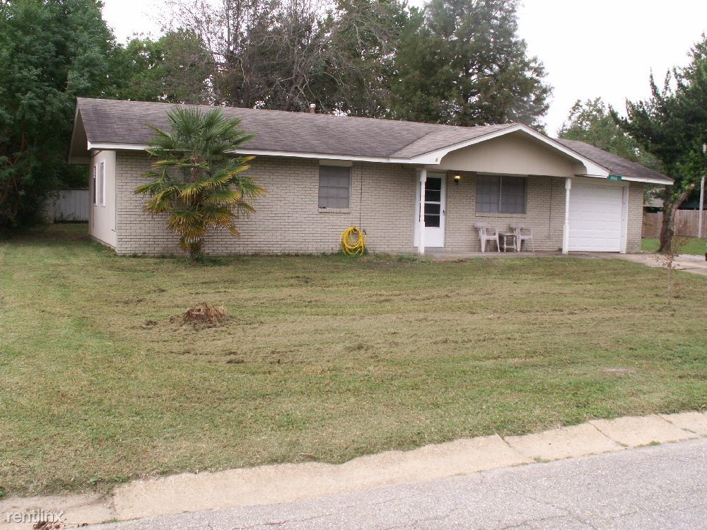 11552 Harris Dr, Gulfport, MS - $895 USD/ month